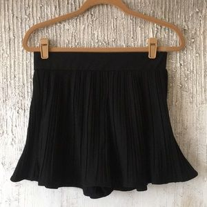 Zara pleated shorts